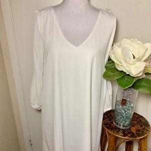 Lulus Slit sleeve Dress